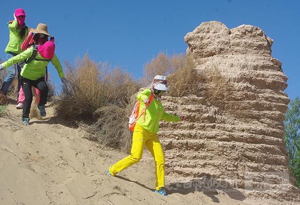 敦煌研学体验:敦煌沙漠徒步体验